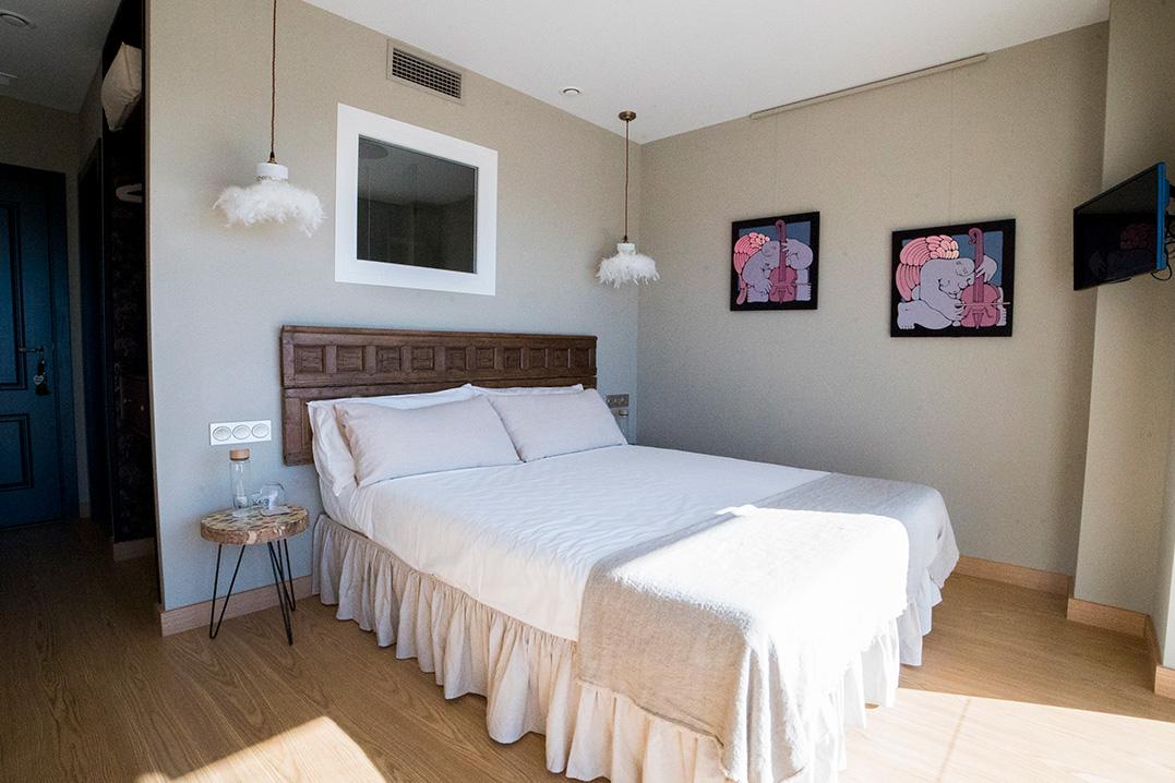 casa-siempreviva-habitacion-doble-terraza-vista-mar-morucha-torrox-malaga-2